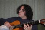 diego a la guitarra